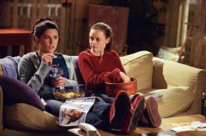If They Can Do It, So Can We: The Joy of Watching Gilmore Girls With My Daughter